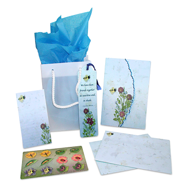 Bumble Bee Garden Dweller Stationery Gift Set Image