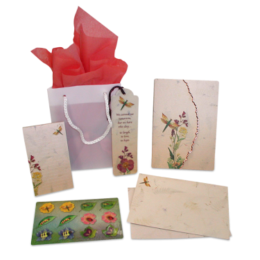 Dragonfly Garden Dweller Stationery Gift Set Image