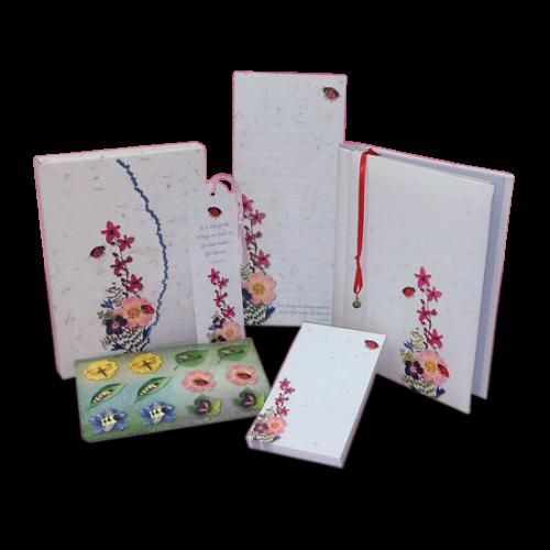 Deluxe Ladybug Stationery Gift Set
