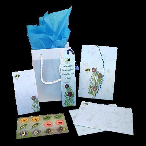 Bumble Bee Garden Dweller Stationery Gift Set Image