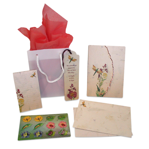 Dragonfly Garden Dweller Stationery Gift Set Image